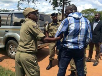 FDC rallies flop as police escort Besigye to Kampala