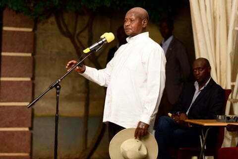 President Yoweri Museveni pays his last respects to Mzee Boniface Byanyima