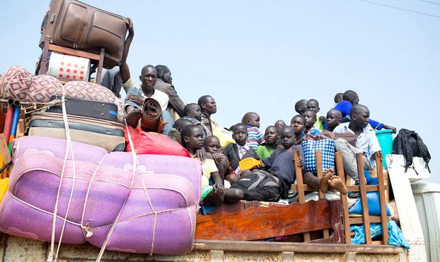 South Sudan violence continues to drive hundreds into Uganda