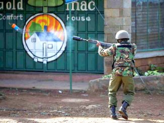 Shooting, tear gas, bonfires mar Kenya election re-run