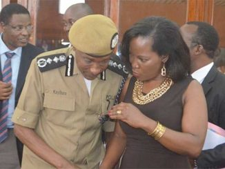 Kayihura hits back at Musisi over city traffic lights
