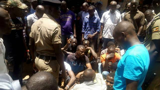 Police officers, crime preventers arrest pickpockets in Kampala
