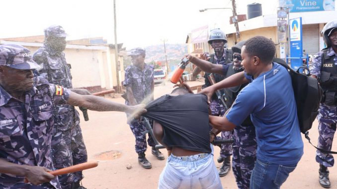 Gunfire in Mukono as police battles Bobi Wine supporters