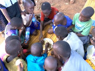 Mpigi parents defy education ministry on feeding children
