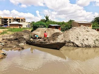 Uganda criminalizes sand mining in lakes and river banks