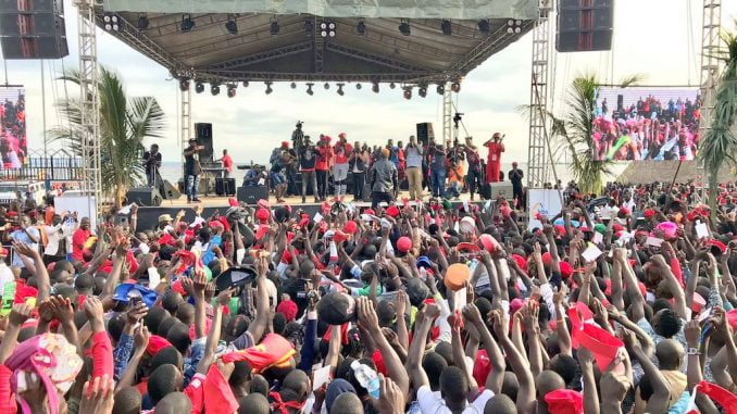 Thousands gather for Bobi Wine's Kyarenga Concert
