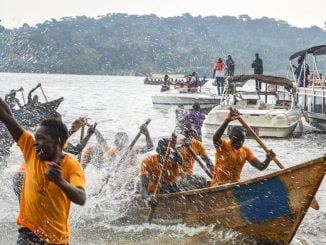 Experts point out safety issues on Uganda's water transport