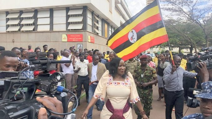 Jennifer Musisi hands over KCCA office to Beti Kamya