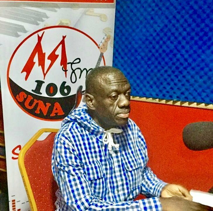 Tension as Kizza Besigye is 'held hostage' in Mubende FM studio