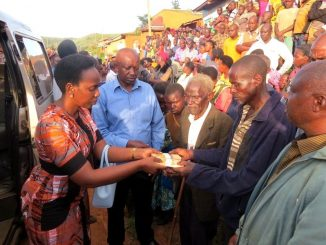 Museveni gives Ugx 10 million to Kamwezi shooting victim's family