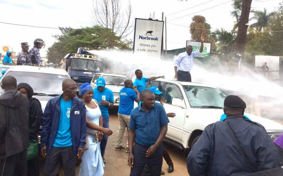 Besigye arrested as tear gas, bullets rock Kireka for hours